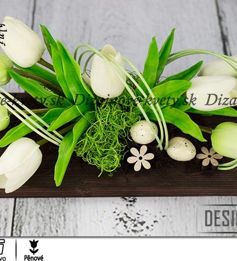 Dizajnová veľkonočné dekorácie na stôl