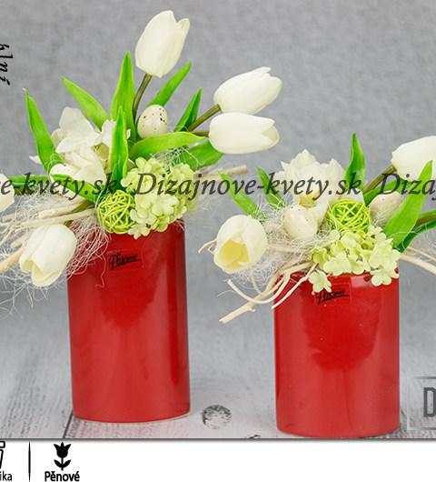 Luxusná dekorácia pre jar 2019 s bielymi tulipánmi