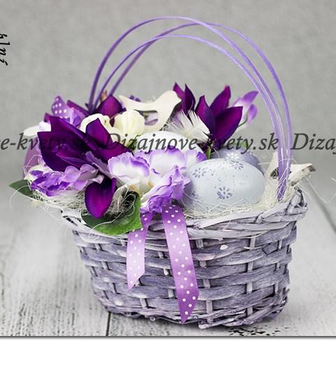 Veľkonočný košíček vo fialovej farbe