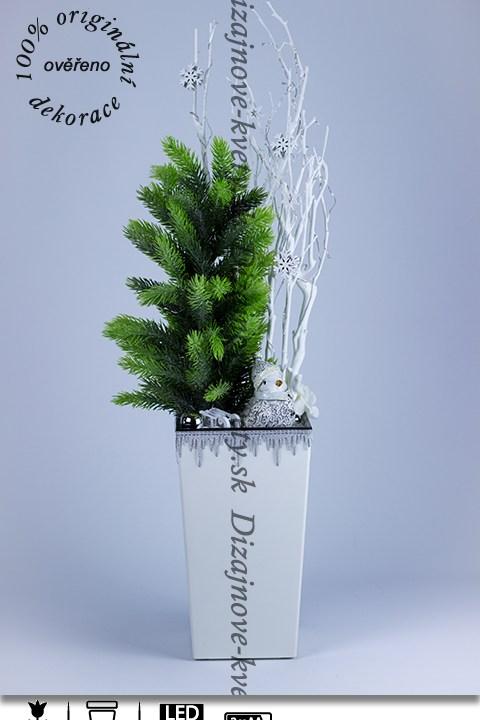 Vianočný stromček, snehové vločky, sánky, vločky, LED osvetlenie
