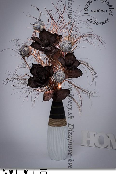 bytový dizajn, dekoračné váza, vianočné dekorácie, veľké kvety