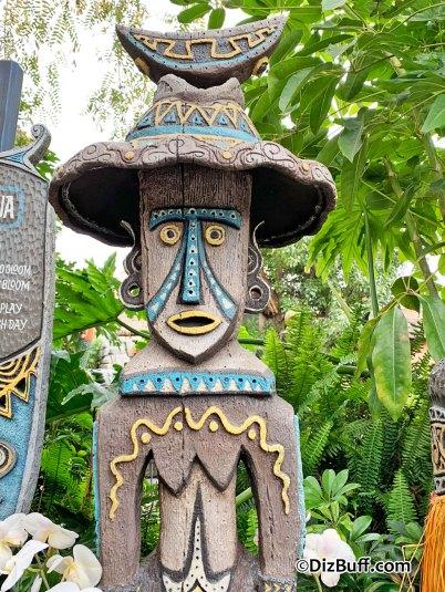 Disney's Enchanted Tiki Room goddess Hina Kuluua in pre show