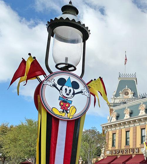 Gas Lamp on Main Street USA with Mickeys Birthday Celebration artwork