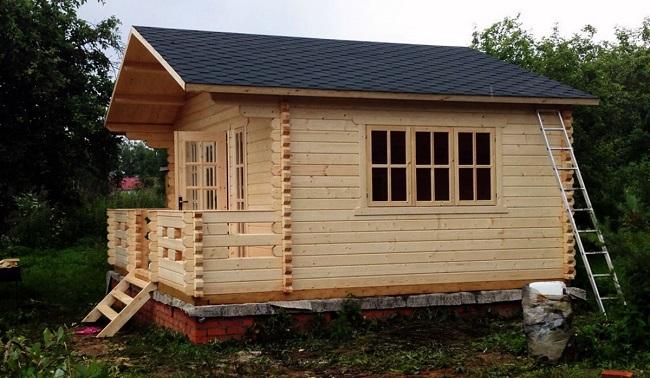 Casa de madera de una sola planta