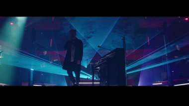#3 OneRepublic - Future Looks Good - 48 plays