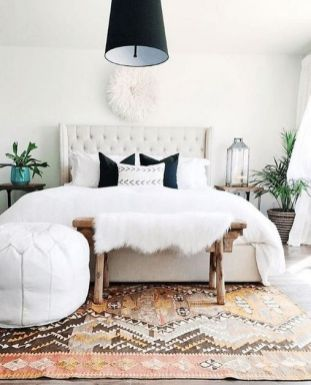 45+ Outstanding Millennial Small Master Bedroom Ideas On A Budget Diy Decor 8