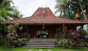 35+ The Hidden Treasure Of Joglo House Yogyakarta 1