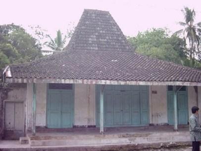35+ The Hidden Treasure Of Joglo House Yogyakarta 285