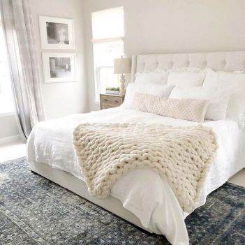 37+ Here's What I Know About Small Master Bedroom Makeover Ideas On A Budget 17