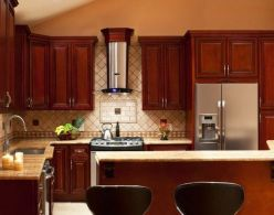 40+ Cherry Wood Kitchen Cabinets Options 9