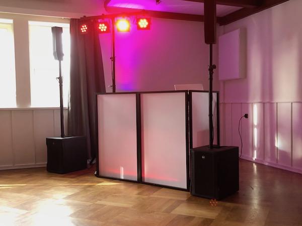 Technikaufbau für eine Hochzeit - DJ Agentur Hamburg