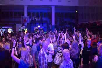 DJ Agentur Hamburg - Hochzeit & Event DJ buchen