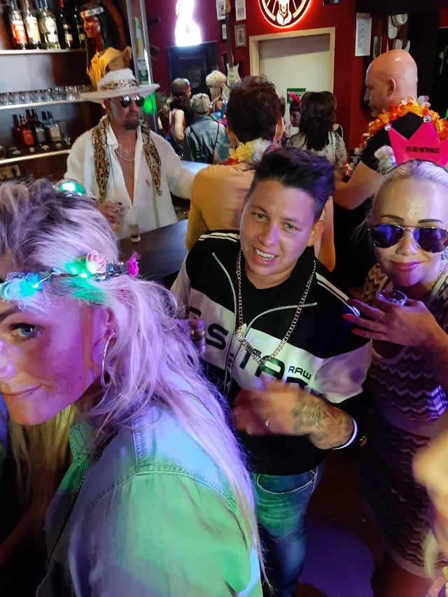 Schlager DJ und Kerstin Ott zu Gast im Cowboy und Indianer auf der Reeperbahn