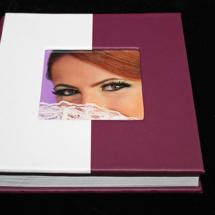01Album Digital Botez 30x30 cm. Piele ecologica alba + gri floral + fotografie