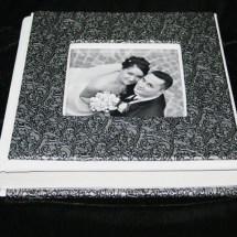 01f.Album Digital Nunta 30x30 cm. Piele ecologica alba + gri floral + fotografie