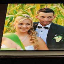14.N Album Digital Nunta 30x30 cm. Piele ecologica alba + gri floral + fotografie