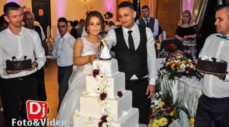 Lumini Nunta Fum dansul Mirilor Florin si Paula la Casa Regia Orastie