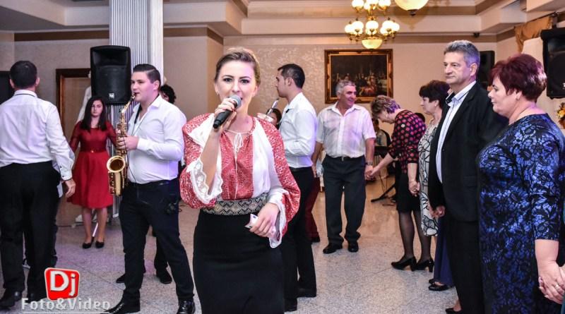 Roxana Miculescu - Formatie pentru Nunta sau Botez