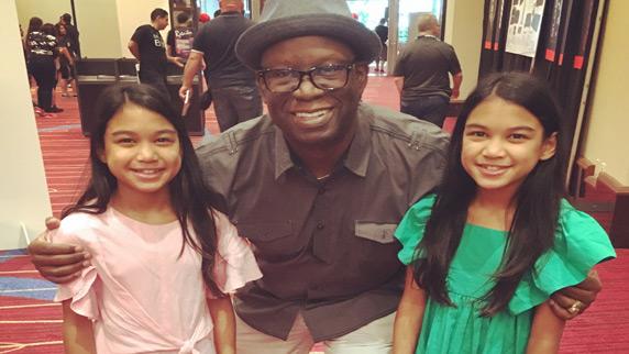 DJs Amira and Kayla with DJ Carl©
