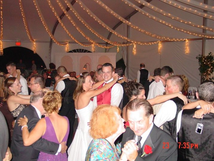 Herrington on the Bay DJ Frank Young Bilingual Wedding DJ Dallas Forth Worth English Spanish