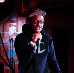 young-scoop-performing