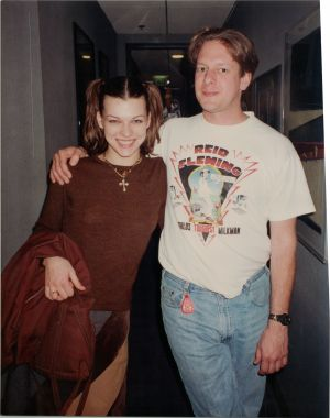 Mila Jovovich and Jed The Fish in KROQ Burbank hallway