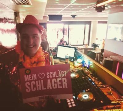 Schlagerparty DJ buchen - mieten