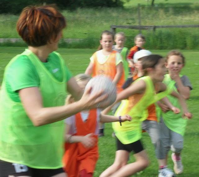 Korbball Jugend 9 und 12 und Damen :   Spaß & Training