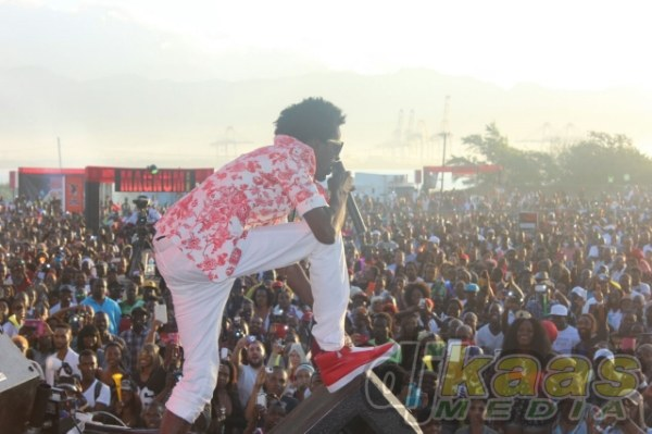 According to majority of fans Gully Bop took Sting 2014
