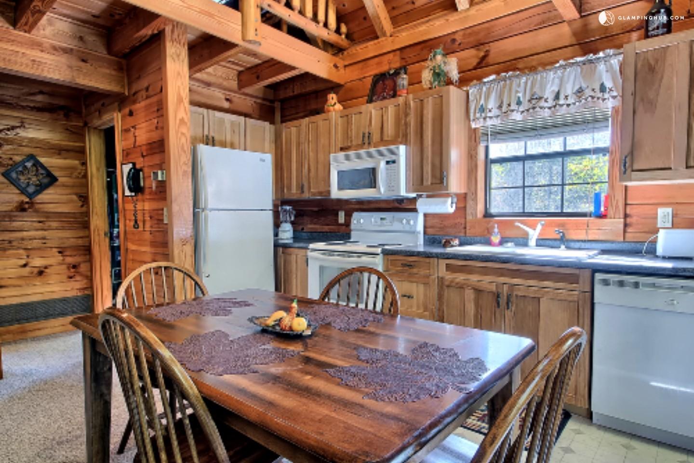 Hocking Hills Cabin Rental