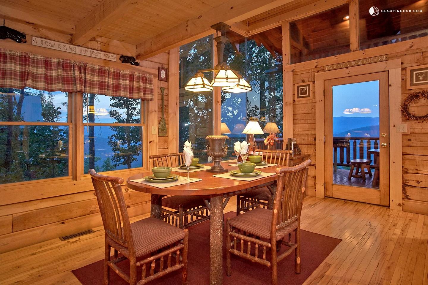 Knoxville Cabin Rental