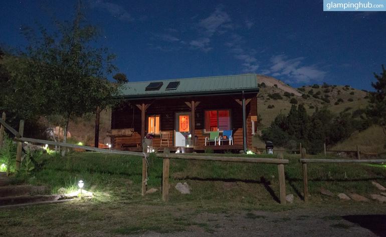 Luxury Cabin in Yellowstone Park in Montana