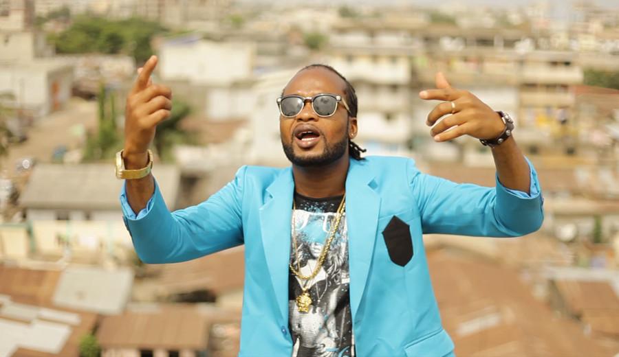 Adjewoda, artiste togolais Chez Moi Djolo