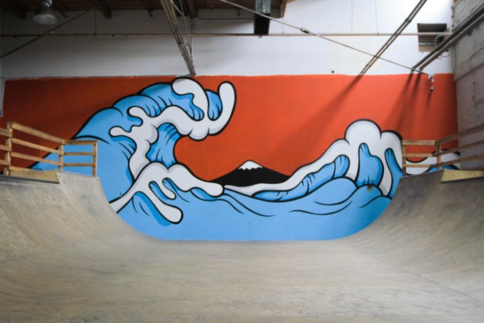 aaron-kai-the-hundreds-hokusai-wave-inspired-mural-7