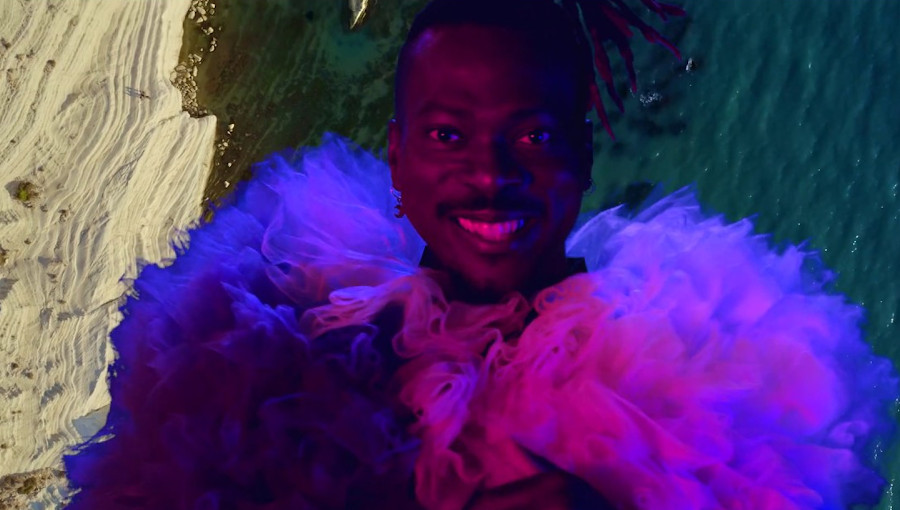 Pierre Kwenders, Moonshine, Douk Saga, sagacité, coupé décalé, artiste congolais, homage, nouveau clip