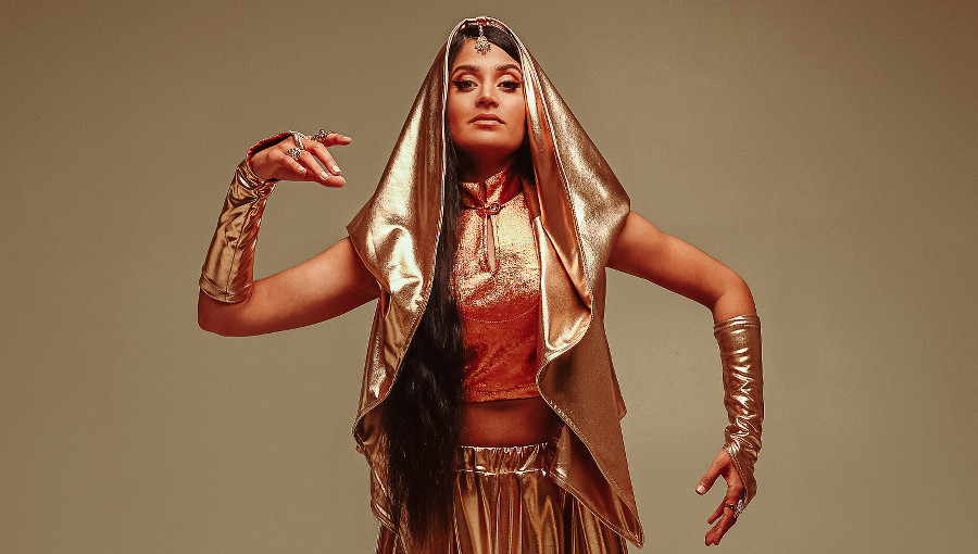 Parvyn, Parvin Singh, sikh, tradition, musique indienne, chanteuse sikh, soul, electronica, jazz, rnb, debut album, nouvel album, sa, pop alternative