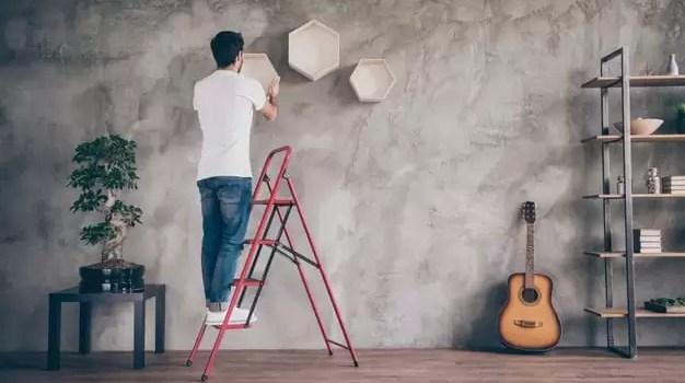 Tips Menata Rumah dengan Ruangan Sempit gabungkan furniture