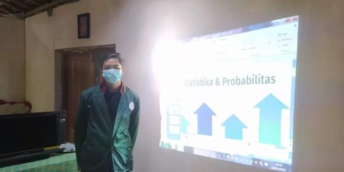 Pengabdian Statistik - Pengenalan Statistika Di Desa Planggu Trucuk Klaten