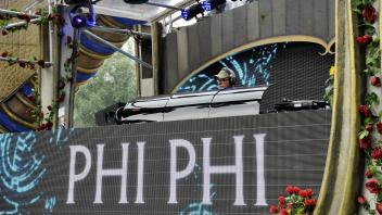 Phi Phi @ Tomorrowland 2016 Bonzai Stage