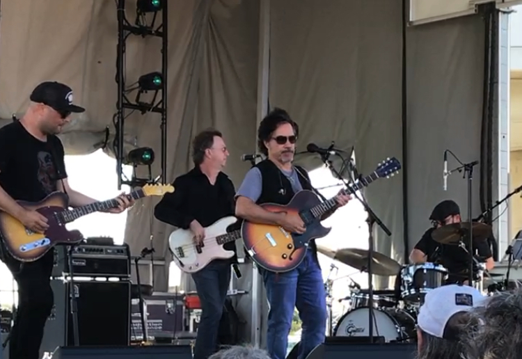 John Oates' Solo Show Might Make You Rethink Where the Soul in Hall & Oates Came From