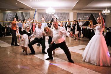 Oczepiny - taniec pod liną