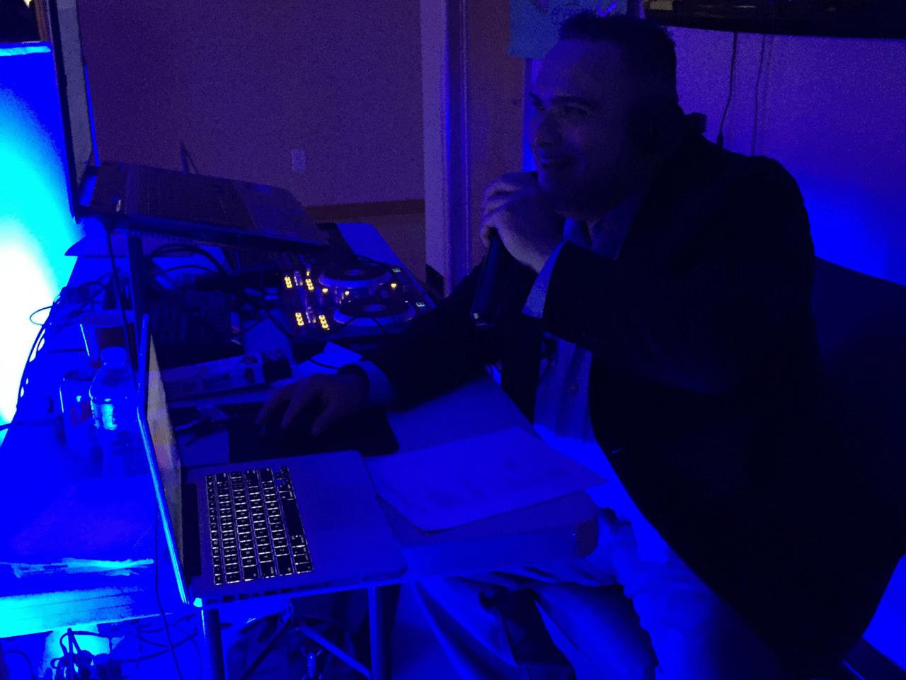 DJ-Who_Turn-Table_Slider