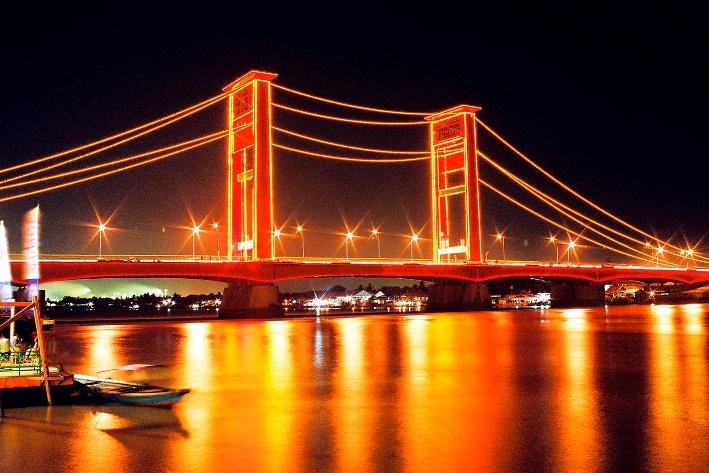 Jembatan Ampera  POJOK KITO