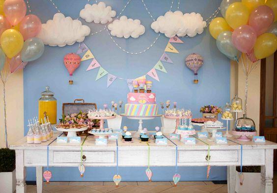 Como montar uma Mesa de Chá de Beb u00ea incrível e criativa? (com Imagens) Chá de Beb u00ea EuNenem com -> Decoração Chá De Bebê Nuvem