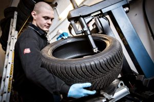 DK's Autoservice - Dæk og fælge