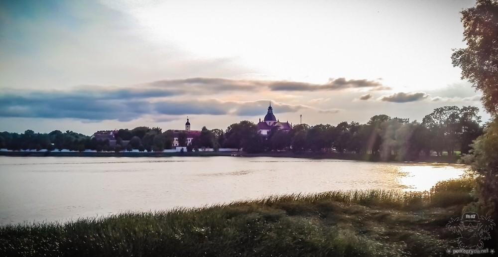 Podróż Życia, Białoruś motocyklem, Nieśwież