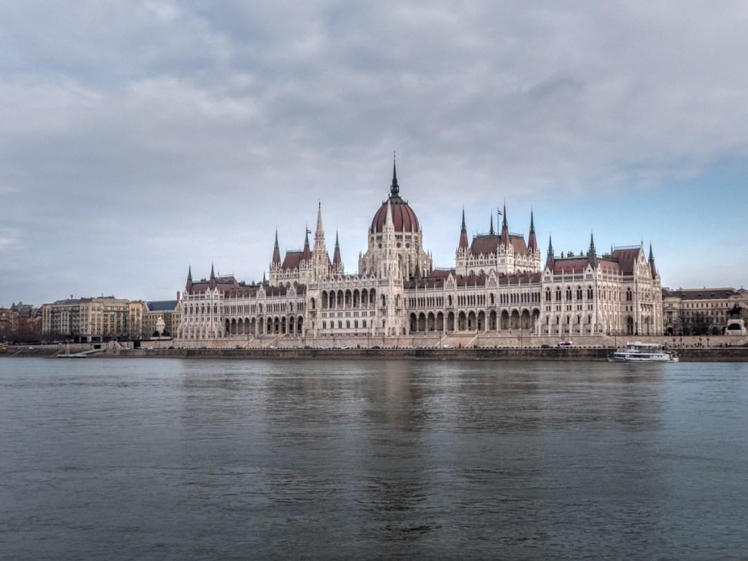 paseo en barco Budapest