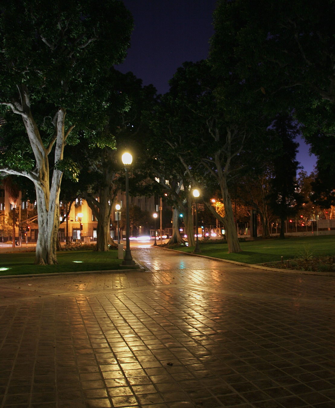 Los Angeles City Hall Park Turns Greener with LED Lighting