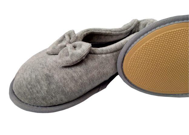 pantufa sapatilha cinza com lacinho e sola antiderrapante