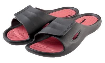Inventar dlia plavaniia obuv